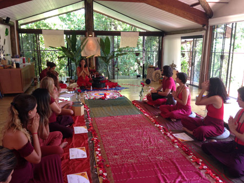 Galeria Yoga Integral com Lili Lakshmi - Templo Do Ser